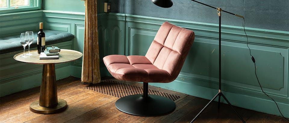 Roze fauteuils bij Eijerkamp