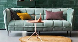 Voorraad meubels snel in huis
