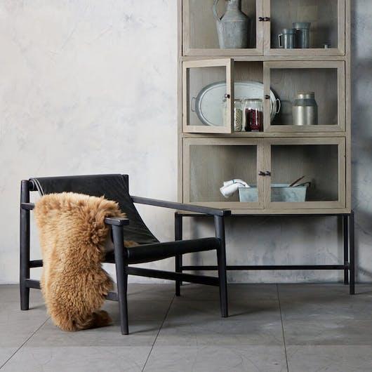 Woontrend 2018 Ranke, slanke meubels fauteuil